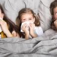 Infekcja górnych dróg oddechowych przenosi się bardzo szybko drogą kropelkową