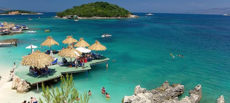 Ciepły Adriatyk i piękne albańskie plaże