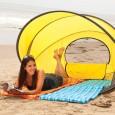 Namiot plażowy gwarantuje komfortowy wypoczynek i ochronę przed słońcem i wiatrem