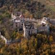 Rudnowski Zamek w jesiennej odsłonie z lotu ptaka