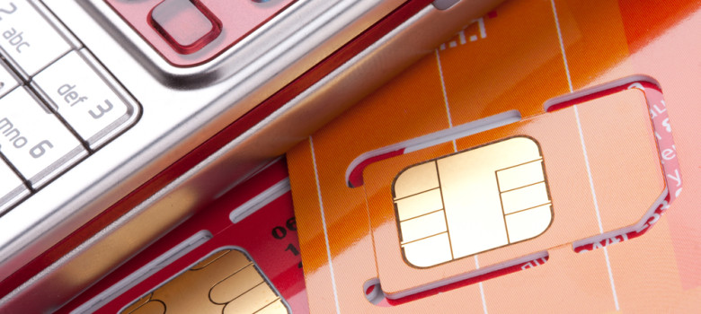 Zanim zwiążesz się z konkretnym operatorem - porónaj oferty abonamentów i na kartę