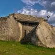 Kamienny dom czy dom w kamieniu? Taki dom to hołd złożony naturze